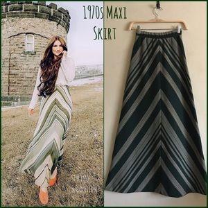 True Vintage 70s Maxi Skirt